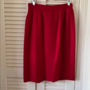 Ladies vintage red wool pencil skirt sz 8 - Tanner